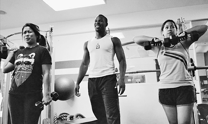J Fitness 101 - Granada Hills: 10 or 15 Small Group Training Classes at J Fitness 101 (97% Off)