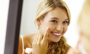 Denise Kosmetikstudio: Gesichtsbehandlung bei unreiner Haut od. Gesichts- und Dekolletébehandlung im Denise Kosmetikstudio (bis zu 42% sparen*)