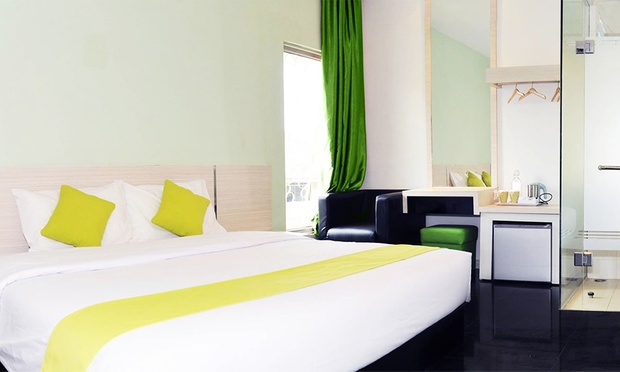 Batam: ACE Hotel + Ferry + Tour 2