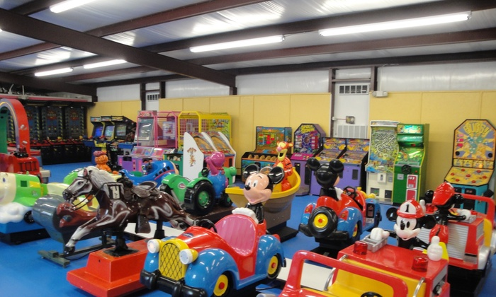 Kiddie Mia's Family Fun Center - Broadmoor, Anderson Island, Shreve Isle: Up to 50% Off Pizza & All-You-Can-Play-Passes at Kiddie Mia's Family Fun Center