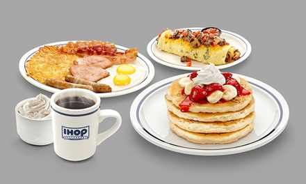 Deals on $20 Worth of Food and Drink Credit at IHOP