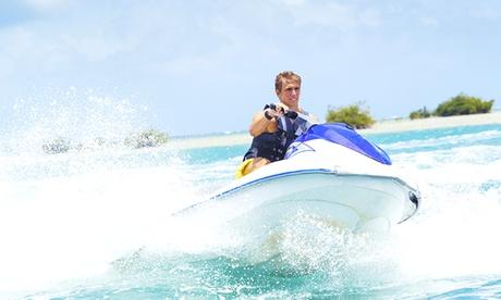 Ruta en moto acuática de 30 minutos de duración para una o dos personas por 39,90 € en My Love Boat Yacht