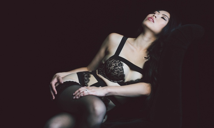 Modern Love Photography - Modern Love Photography: $27 for a Boudoir Photo-Shoot Package at Modern Love Photography ($550 Value)