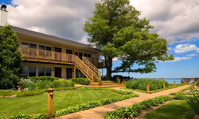 Huron House - Au Sable: 2-Night Stay at Huron House in Oscoda, MI