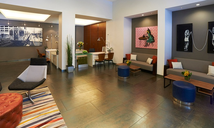 Kinzie hotel in chicago il groupon getaways for Iblaresort design boutique hotel ragusa rg