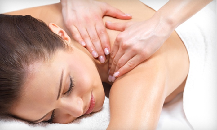 Lordex Spine Institute - League City: 30-, 60-, or 90-Minute Deep-Tissue or Swedish Massage at Lordex Spine Institute in League City (Up to 59% Off )