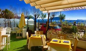 Titò Restaurant: Menu a scelta di pesce con vino per 2 persone da Titò Restaurant sul lungomare di Pozzuoli (sconto 52%)