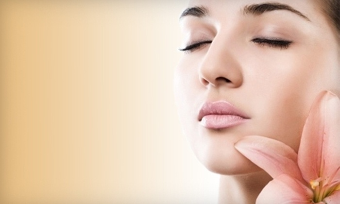 Belaray Dermatology - Plainview: $89 for a Glycolic Peel and Signature Facial at Belaray Dermatology in Plainview ($275 Value)