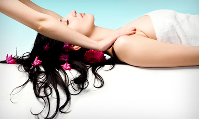 Spiritus Wellness - West Vancouver: 60- or 90-Minute Deep-Relaxation Massage with Aromatherapy Facial Steam and Bath Salts at Spiritus Wellness (Half Off)