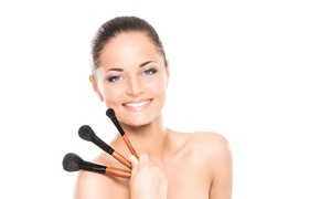 Lovely Beauty Bar: $14 Off Purchase of Eyebrow Threading at Lovely Beauty Bar