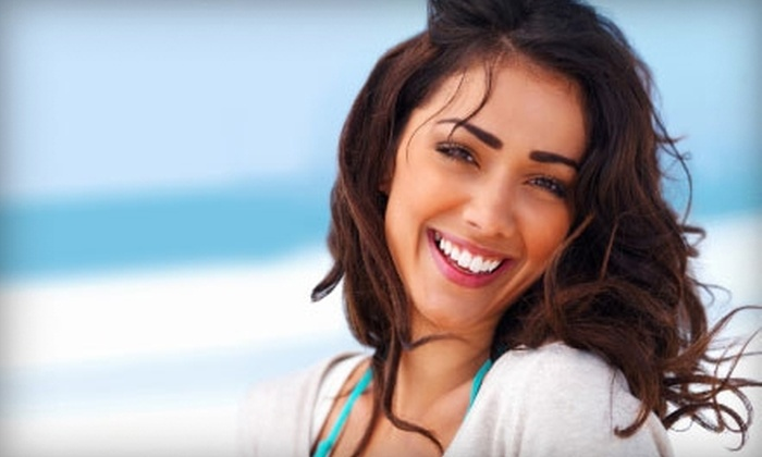 Whitening Lightning: $75 for a Professional At-Home Teeth-Whitening Kit and Maintenance Whitening Pen from Whitening Lightning ($511.90 Value)