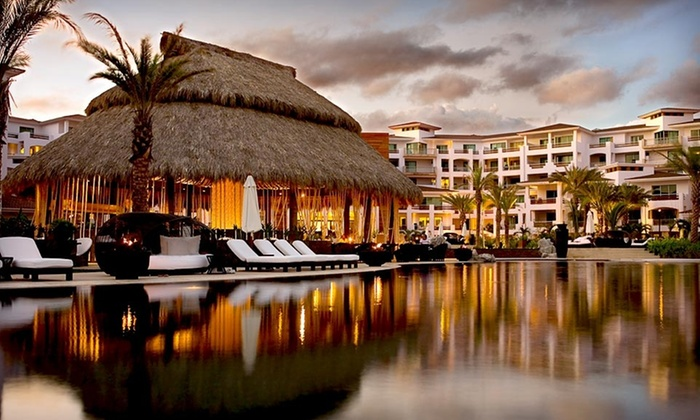 Cabo Azul Resort - Trenton: Four-Night Stay with Sunday Check-In for Up to Four in a One-Bedroom Villa or Up to Six in a Two-Bedroom Villa at Cabo Azul Resort in Mexico