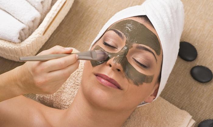 Coocan Hair And Spa - Manhattan Beach: 60-Minute Mud Facial from Coocan hair and spa (55% Off)