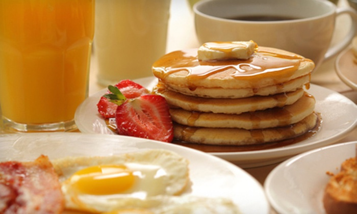 Oak Street Cafe - Leonidas: $10 for $20 Worth of All-Day Breakfast Fare, Donuts, and Coffee at Oak Street Cafe