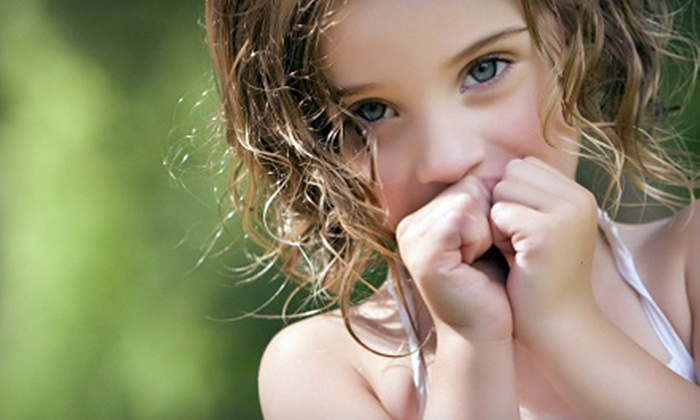 Bella Blu Photography - Lafayette: $48 for a 30-Minute Photo-Shoot Package with Prints and CD from Bella Blu Photography in Lafayette ($320 Value)