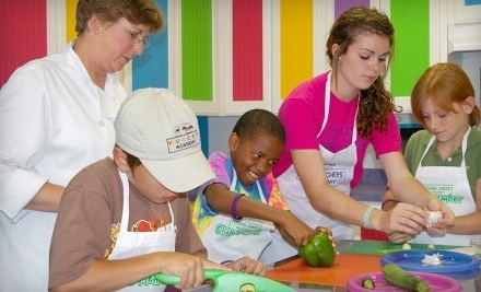 Young Chefs Academy: 1 KinderCooks Cooking Class for Children Ages 3-5 - Young Chefs Academy in San Antonio