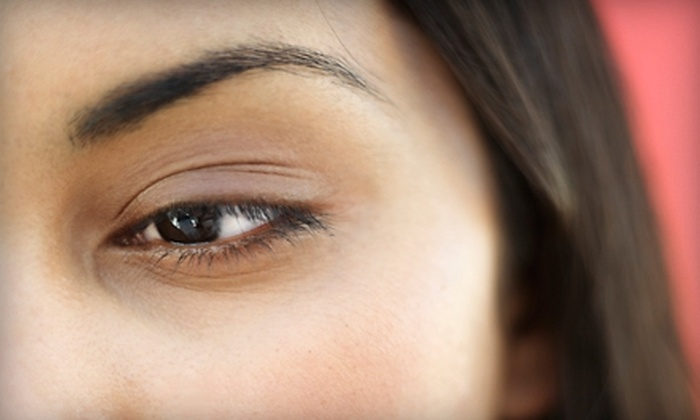 Zia Threading - San Clemente: $10 for Two Eyebrow Threading Sessions at Zia Threading in San Clemente ($20 Value)