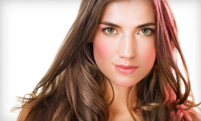 Park Avenue Blow Dry and Beauty Bar - Camelback East: $29 for Three Blow Outs, Makeup Applications, Spray Tans, or Mini Facials at Park Avenue Blow Dry ($105 Value)