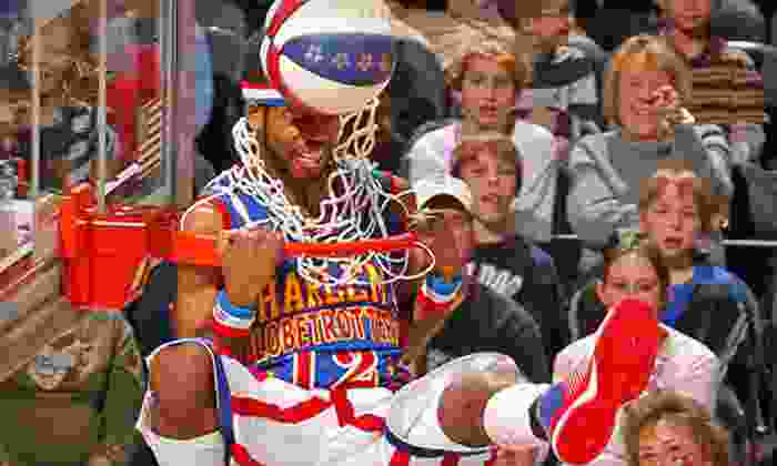 Harlem Globetrotters - FedExForum: Harlem Globetrotters Game at FedExForum on Saturday, January 12, at 7 p.m. (Up to 40% Off). Two Options Available.