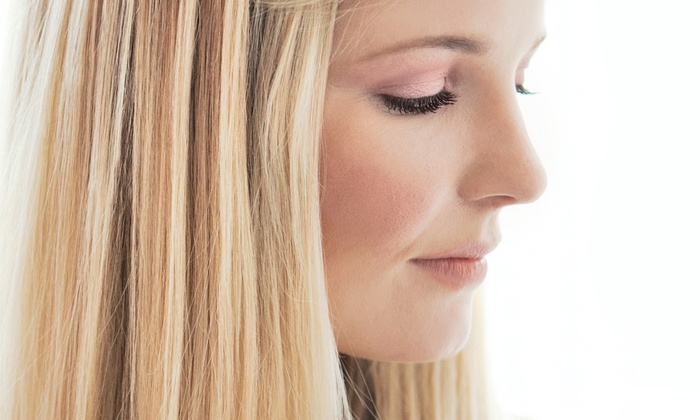 Mary Dares at Salon Tres Chic - Norwell: $75 for $150 Worth of Coloring/Highlights from Mary Dares at Salon Tres Chic