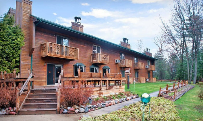 Springbrook Inn - Prudenville, MI: One- or Two-Night Stay for Two at Springbrook Inn in Prudenville, MI