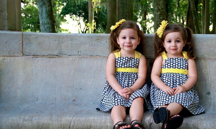 Pineapple Portraits - Fort Worth: 30-Minute Family Photo Shoot from Pineapple Portraits (40% Off)