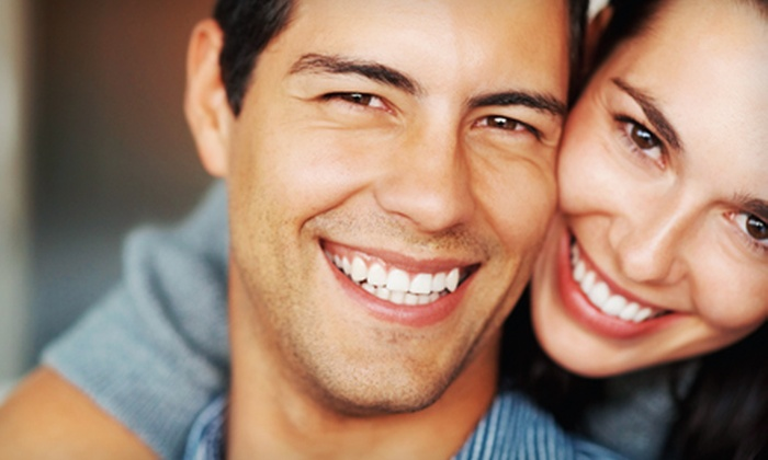 ModernSmile - Multiple Locations: $125 for a 60-Minute Professional Teeth-Whitening Treatment at ModernSmile ($399 Value)