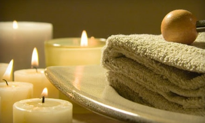 The Spa on Oak - Near North Side: $21 for 30-Minute European Facial or 30-Minute Deep-Tissue Massage at The Spa on Oak ($42.50 Value)