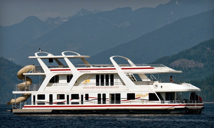 Waterway Houseboat Vacations - Saskatoon: $499 for a Four-Day Super Spring Houseboat Trip for Up to 10 or $1,001.25 Toward Houseboat Trip from Waterway Houseboat Vacations in Sicamous