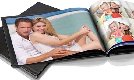 Álbum de fotografias personalizado com encadernamento de pele e disponível em diversos tamanhos desde 7,99€