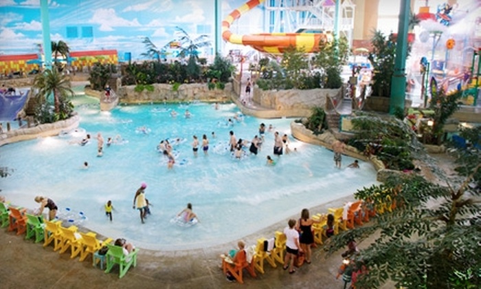 KeyLime Cove - Gurnee, IL: $119 for a One-Night Stay and Water-Park Access for up to Four People at KeyLime Cove in Gurnee, IL (Up to $222.90 Value)