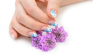 Natural...mente Estetica (Avigliana): 3 o 5 manicure più 3 o 5 pedicure con smalto semplice presso il salone Natural...mente Estetica (sconto fino a 84%)