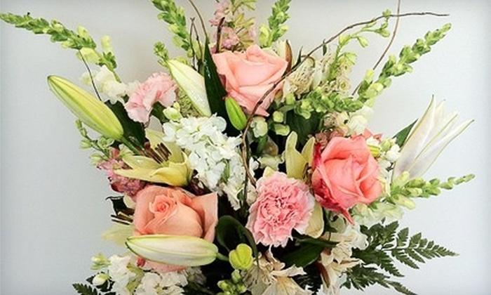 Loren's Floral & Boutique - Cuyahoga Falls: lorens floral and boutique