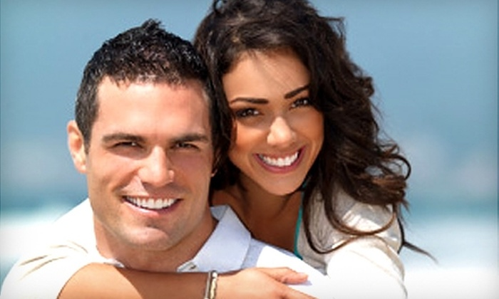 Center for Dental Implants of South Florida - Aventura: Veneers, Exam, X-rays, and Dental Cleaning at the Center for Dental Implants of South Florida in Aventura. Two options Available.