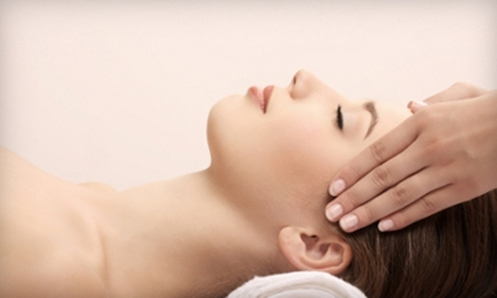 Solase Massage & Oxygen Bar - Westmore: $49 for One-Hour Massage Plus Oxygen Bar and Massage Chair Use at Solase Massage & Oxygen Bar (Up to $102 Value)