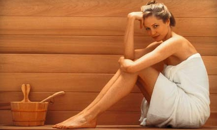 Maui Tanning - Brookfield: One, Three, or Five Infrared Sauna Sessions at Maui Tanning in Brookfield