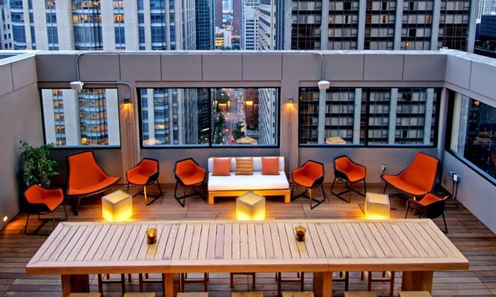 null - Chicago: Stay in 4-Star Chicago Hotel MileNorth