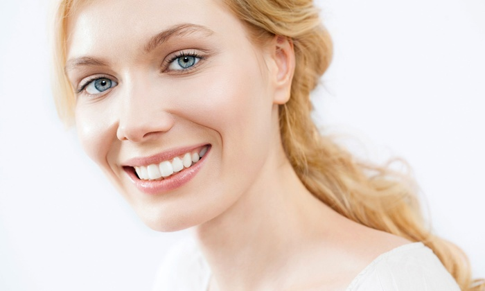 Brentwood Center for Cosmetic Dentistry - West Los Angeles: $149 for Zoom! Teeth-Whitening, X-ray, and Exam at Brentwood Center for Cosmetic Dentistry ($550 Value)