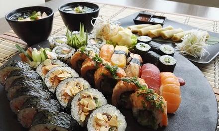 Japońska kolacja: sushi, sajgonki i więcej