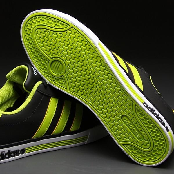 139 zł zamiast 249 zł: buty męskie Adidas NEO Daily Team ???4 rozmiary