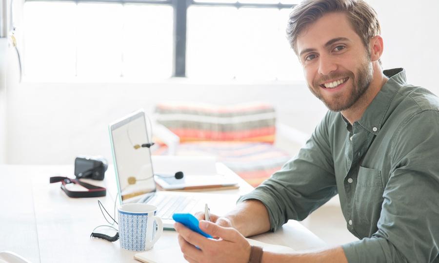 College Full: Desde $110 por curso online Cómo crear un negocio en Internet con opción a Community Manager en Colege Full