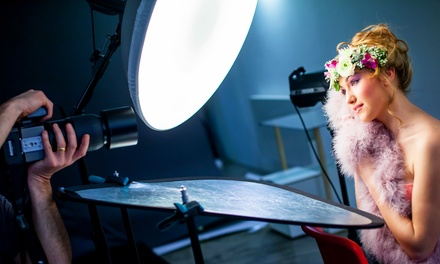 Portrait-, Bewerbungs-, Studio- oder Outdoor-Fotoshooting bei FOTO KISTE Düsseldorf ab 9,90 € (bis zu 83% sparen*)