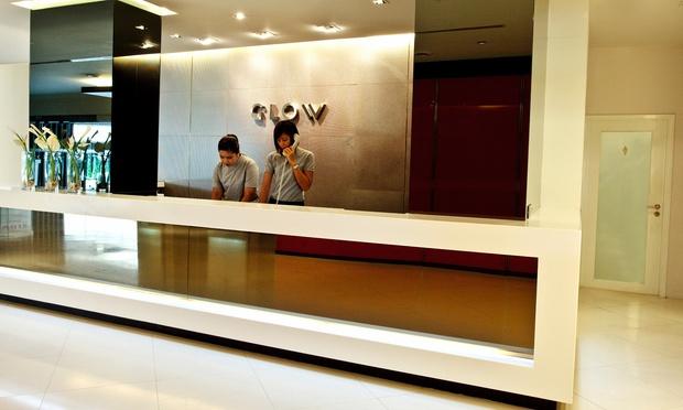 3-GLOW-Trinity-Silom---Reception-2048x1229.jpg