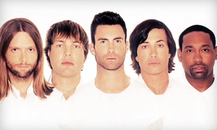 Honda Civic Tour 2013 Featuring Maroon 5 - Cuyahoga Falls: $20 for Honda Civic Tour 2013 Featuring Maroon 5 at Blossom Music Center on August 26 at 7 p.m.