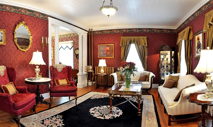 1862 Seasons on Main B&B - Stockbridge, MA: 2-Night Stay for Two at 1862 Seasons on Main B&B in the Berkshires, MA. Combine Up to 4 Nights.