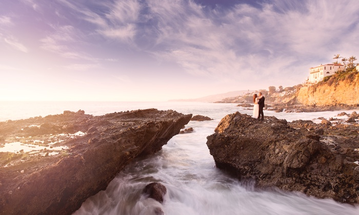 TTTPhotography - Los Angeles: $89 for a Two-Hour Engagement Photo Shoot with Digital and Edited Images from TTTPhotography ($500 Value)
