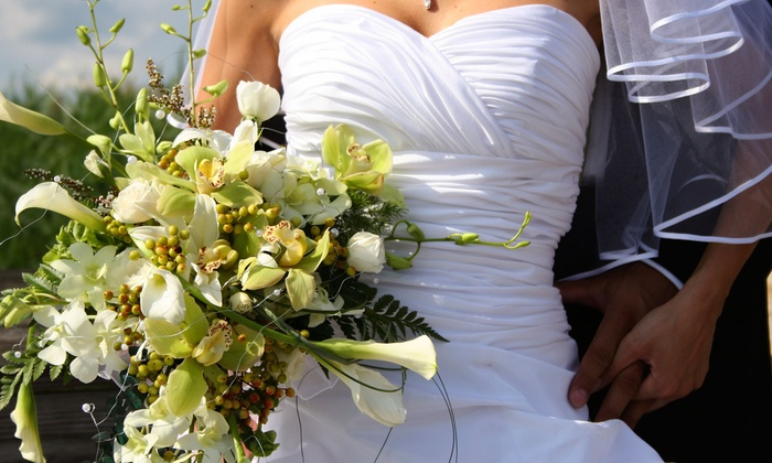 Perro's Flowers - Union HIll: $25 for Bridal Bouquet and Sit-Down Consultation at Perro's Flowers ($125 Value)