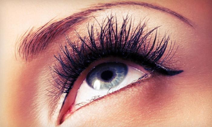 G-Lash - Manhattan: Full Set of Natural or Mascara Eyelash Extensions at G-Lash (52% Off)