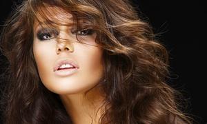 Lory Acconciature: Seduta di bellezza per capelli con taglio, colore e trattamenti a scelta (sconto fino a 78%)