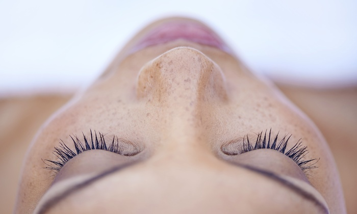 New Look Salon - New Look Salon: Up to 70% Off Eyelash extention at New Look Salon